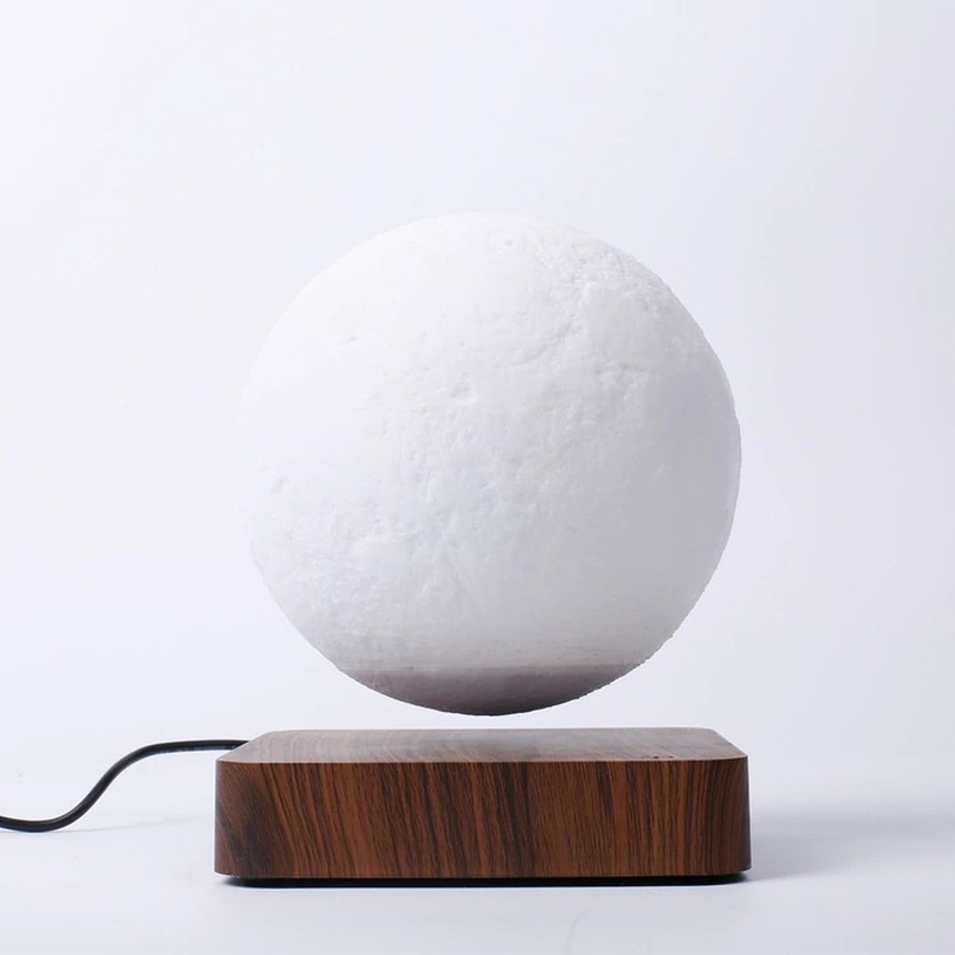 Maglev Moon Lamp That Levitates