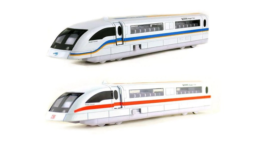 Transrapid 08 maglev model with the doors closed